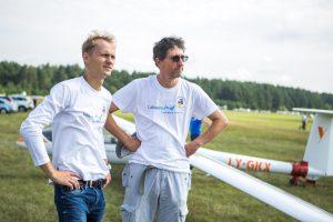 Trys sklandytojai susiruošė į žygį virš Baltijos šalių