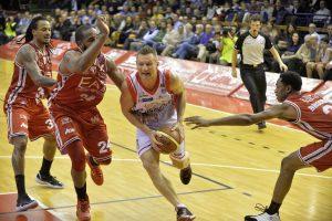 Italijos pirmenybių rungtynėse trys Lietuvos krepšininkai pelnė 28 taškus