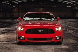 """Europiečiai internete masiškai konstruoja savąjį """"Ford Mustang"""""""