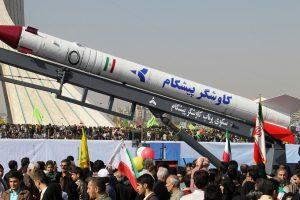 Iranas atsisako planų nuskraidinti į kosmosą žmogų