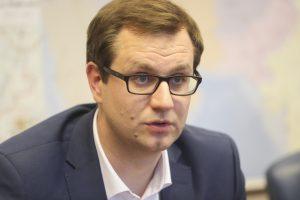 """M. Bartuška: penkerius metus smukę """"Lietuvos geležinkeliai"""" atsitiesė"""