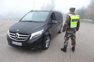 Apie pavogtą mikroautobusą vokietis sužinojo iš Lietuvos pareigūnų