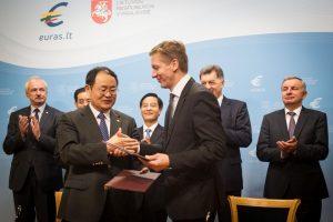 Viena didžiausių Kinijos korporacijų domisi Klaipėdos uostu