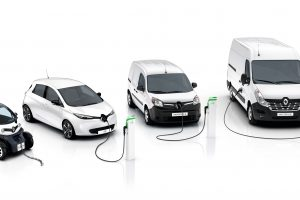 """""""Renault"""" tęsia elektromobilių gamos plėtrą"""