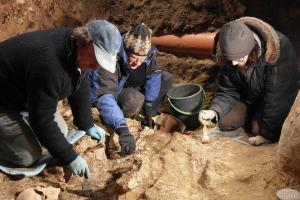 Mokslininkai tikisi iki vasaros įminti kapų Gedimino kalne mįslę