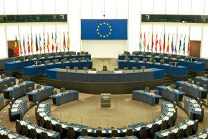 Europos Parlamentas rekomenduoja sugrąžinti vizų reikalavimą JAV piliečiams