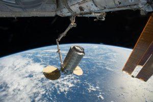 Orbitinis krovininis JAV erdvėlaivis atsiskyrė nuo kosminės stoties