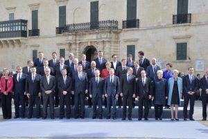 ES aukščiausiu prioritetu išlieka santykiai su JAV