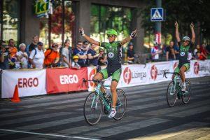 100 kilometrų lenktynes Vilniaus gatvėmis laimėjo P. Šiškevičius