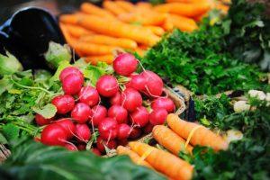 Žemės ūkio ministerija nori supirktus maisto produktus tiekti Ukrainai