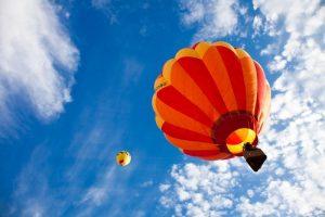 JAV dykumoje į orą pakilo 500 balionų