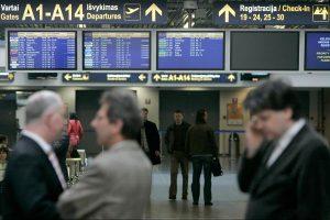 Vidutinė lėktuvo bilieto kaina sumažėjo kone 140 litų