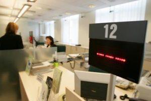 Bankai susigrąžino iki krizės buvusį pasitikėjimą