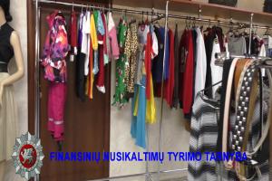 Dėvėtų rūbų parduotuvės: nesumokėti mokesčiai ir algos vokeliuose