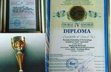 """Choras """"Jaunystė"""" Sankt Peterburge laimėjo pagrindinį prizą ir rašė diktantą"""