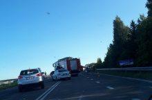 Klaipėdos rajone susidūrus dviem automobiliams žuvo žmogus