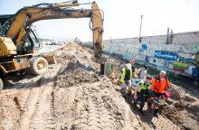 Kaune du darbininkus užgriuvo žemės, vieno išgelbėti nepavyko