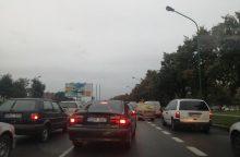 Vairuotojai vėl strigo transporto spūstyse