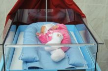 Šveicarai padeda Lietuvos gimdyvėms ir kūdikiams