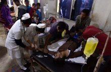 Indijoje pilstuko aukomis tapo mažiausiai 89 žmonės