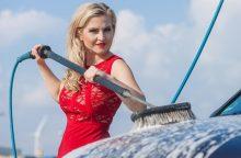 Kontrolierė: automobilių plovyklos nuolaidos moterims diskriminavo vyrus