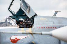 Rusija pasiuntė pratyboms į Venesuelą du strateginius bombonešius