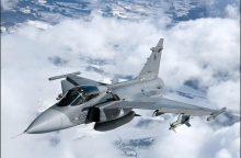 NATO naikintuvai Baltijos šalyse keturis kartus lydėjo rusų orlaivius