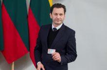 Seimo nariui R. Šarknickui teko atsisakyti vaidmens spektaklyje