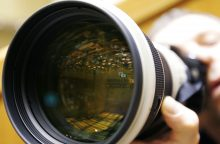 Fotoaparatą ir žaidimo konsolę pardavinėjusios merginos nukentėjo nuo sukčių