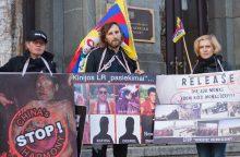 Glumina Seimo narių ketinimas susitikti su oficialia Tibeto valdžia