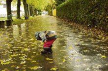 Oras tik bjurs: pliaups lietus, siautės vėtros