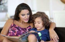 Knygų skaitymo džiaugsmas: kaip juo užkrėsti vaiką?