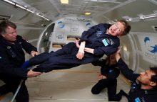 S. Hawkingas paskelbė apie planus skristi į kosmosą