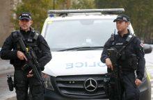 Londone per mačete ginkluoto vyro išpuolį sužeisti trys žmonės