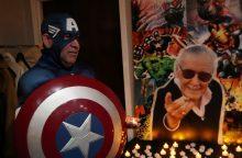 """Marvel"" legenda S. Lee palaidotas per privačias laidotuves"