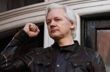 J. Assange'as netrukus gali netekti prieglobsčio Ekvadoro ambasadoje Londone