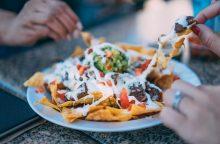 Emocinis valgymas: siūlo neatsisakyti blogo maisto