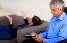 Naujas įstatymas dėl psichikos sveikatos pirmenybę teikia psichoterapijai