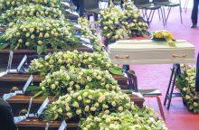 Italijoje – viaduko katastrofos aukų laidotuvės, rasta daugiau žuvusiųjų