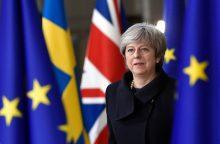 """Th. May: parlamento paramos nepakanka trečiam balsavimui dėl """"Brexit"""" sutarties"""