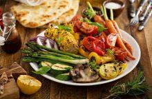 Būtina išbandyti šią vasarą: ant grilio keptos daržovės <span style=color:red;>(receptai)</span>