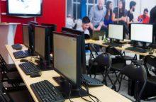 Lietuvoje sutriko interneto ryšys: tiekėjai aiškinasi priežastis