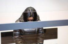 Žiauriu sūnaus nužudymu kaltinama kaunietė lieka už grotų