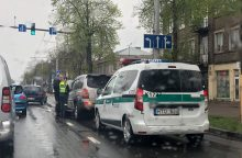 Palijus Kaune – avarijų virtinė, skaitytojai praneša apie didžiules spūstis