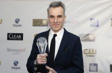 Holivudas sukrėstas: garsusis D. Lewisas traukiasi iš kino