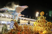 Brazilijoje sambos ritmu sukasi tūkstančiai šokėjų