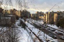 Chaosas Kauno gatvėse tęsiasi: pasipylė avarijos, stringa eismas