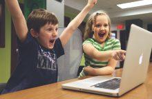 """""""Išmaniųjų"""" paauglių įpročiai: kaip nepakenkti sveikatai?"""
