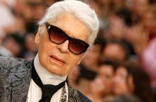 """Netektis mados pasaulyje: mirė """"Chanel"""" dizaineris K. Lagerfeldas"""