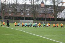 Futbolininkai ruošiasi čempionato atrankos rungtynėms – derina teoriją ir praktiką